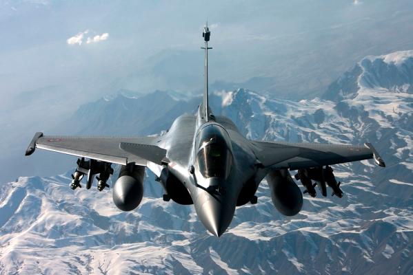 最新】世界最強の戦闘機ランキン...